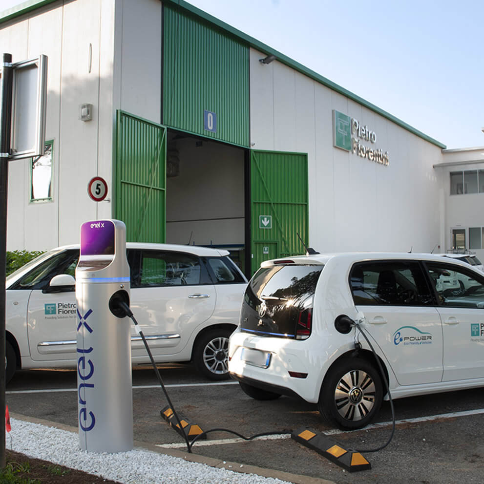 Electric cars for the company fleet: with e-Mobility project, Pietro Fiorentini travels go green